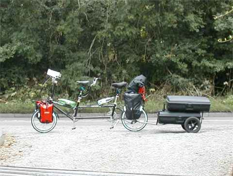 Picture 4: Bike Friday, tandem bike, on the road