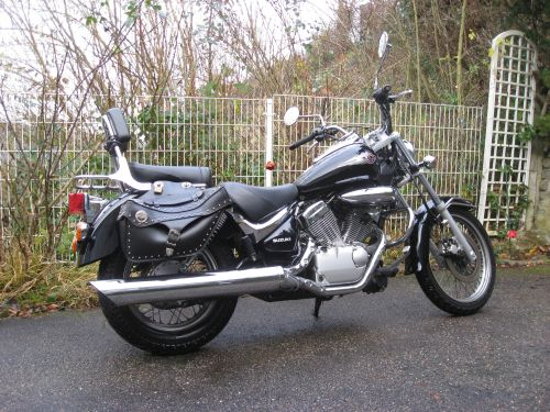 "Picture 2: My motor-bike ""SUZUKI Intruder 125"" / side-face (right-hand)"