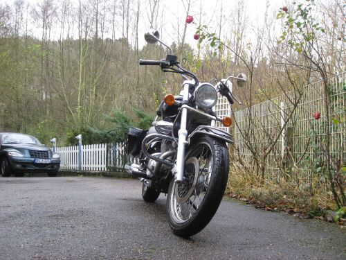 "Picture 6: My motor-bike ""SUZUKI Intruder 125"" / viewed from the front"