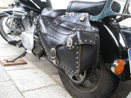 "Picture 23: My motor-bike ""SUZUKI Intruder 125"" / leathern storage bag"