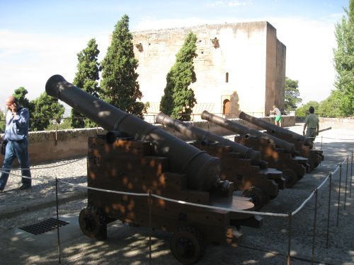 Picture 10b: Alhambra / Cannon