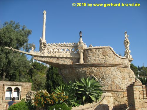 Picture 4: The Monument Castillo Colomares, the three ships Santa María, Pinta and Niña