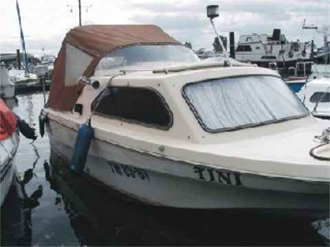 Foto 11: La barca Shetland Family Four / Vista frontal